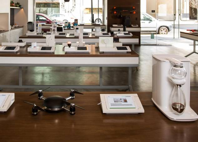 Can b8Ta's Try-Before-You-Buy Gadget Stores Redefine Retail & Even Product Strategy?